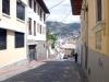 4-en-una-de-las-calles-del-centro-historicoquito