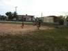 ninos-jugando-futball