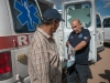 Distribuyendo medicamentos a trabajadores en México