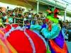 """Los Payasos, la """"Muerte en Cuero."""" figura tradicional de nuestros Carnavales, y otros personajes, alegraron las calles de esta ciudad."""