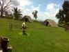 estatua-indios-y-casas