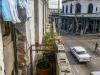 vista-de-la-esquina-de-tejas-desde-el-balcon-de-edificio
