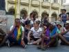 Algunos activistas se sentaron antes la imposibilidad de continuar la marcha.