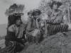 jonas012 Tres mujeres, víctimas de la violencia, observan como son exhumados los restos de sus familiares y amigos asesinados a principio d ella década de los \'80
