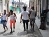 havana-street-walking