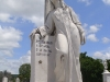 16-estatua
