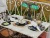 031_lbv_restaurante_0 Mesa del restaurante, los platos se colocan sobre antiguos discos LP