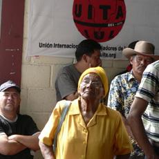La abuela luchadora Dionisia Díaz.  Photo: Giorgio Trucchi, rel-UITA