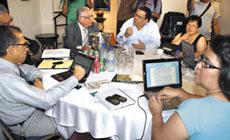 Negociaciones en Honduras.  Foto: Giorgio Trucchi, rel-UITA