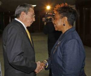 Raul Castro with US Rep. Barbara Lee