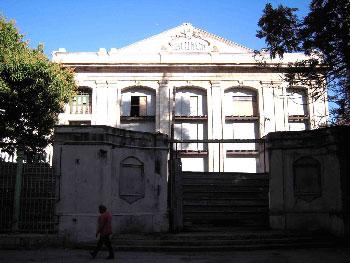 El teatro Marti al comienzo de la renovación.