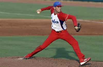 El derecho Joel Suárez hizo otra buena apertura de los lanzadores cubanos en la serie ante Estados Unidos.