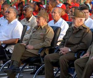 """Raúl Castro: """"Esta sigue siendo una revolución de jóvenes."""""""