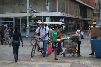 De compras en La Habana.