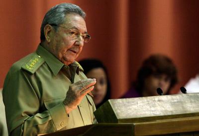 Raúl Castro ante el parlamento cubano el 21 de diciembre, 2013.
