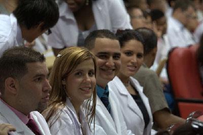Nuevos médicos cubanos.