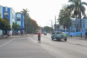 Calle de Marianao. Foto: Luis Enrique González