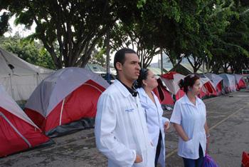 medicos-cubanos-7