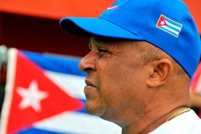 Alfonso Urquiola nunca perdió la fe en sus muchachos, ahora es el primer manager en series nacionales de ganar un título en Series del Caribe.