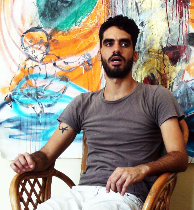"""El Sexto. Artista encarcelado por pintar los nombres """"Fidel"""" y Raúl"""" en dos puerquitos.  Foto: http://centrocubalex.com"""