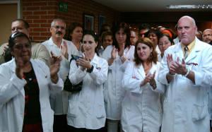 Médicos cubanos.  Foto: juventudrebelde.cu
