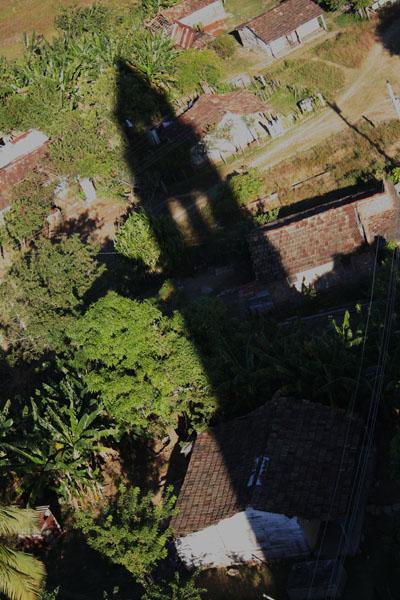 Torre antiguo de un ingenio azucarera en Trinidad, Cuba.  Foto: Elio Delgado Valdés