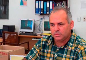 El doctor Fando asegura que si contaran con los recursos suficientes la vacuna podría estar lista en 3 años. Foto: Raquel Pérez Díaz