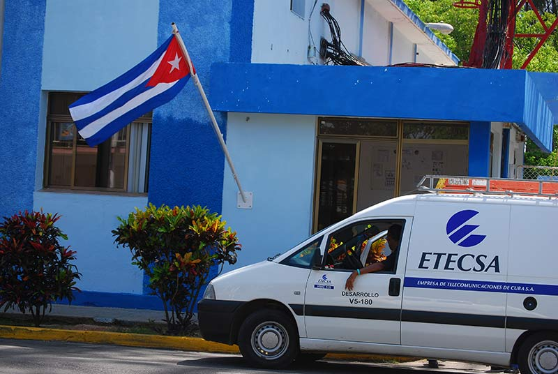 ETECSA.  Foto: Raquel Pérez Díaz