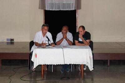 Los panelistas eran todos reconocidos especialistas en algún tipo de derecho.  Foto: Raquel Pérez Díaz