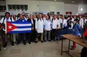 Médicos cubanos combatieron el Ébola en tres países de Africa.  Foto: cubadebate.cu