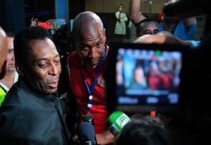 Pelé llega a La Habana para el juego de la selección de Cuba vs. Los Cosmos de NY