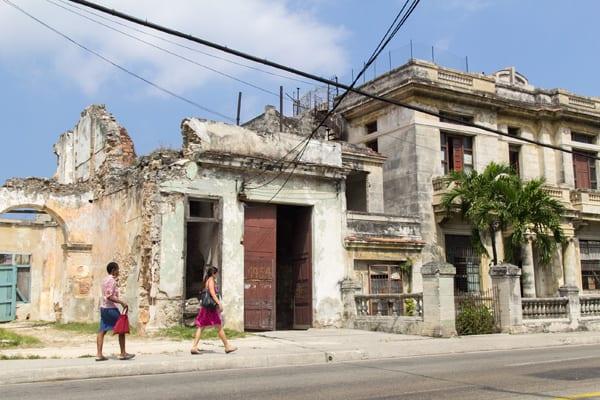 Havana homes on the Calzada de Cerro St.