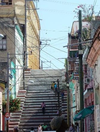 La escalinata de Padre Pico en Santiago de Cuba.  Foto: Janis Hernández