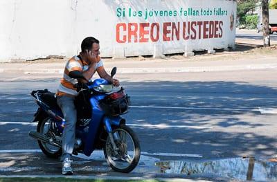Solo los líderes naturales de la juventud cubana pueden lograr que las nuevas generaciones se interesen por los problemas de la nación. Foto: Raquel Pérez Díaz