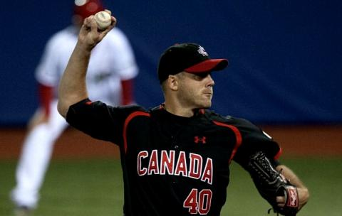 Canadian veteran pitcher Shawn Hill pitched 6 scoreless innings to get the win.