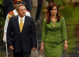 Los presidentes Raul Castro y Cristina Fernández durante una visita anterior de Cristina a La Habana.
