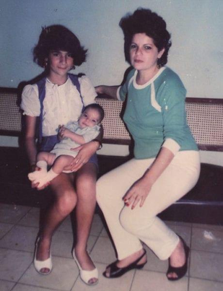 Xiomara con sus hijos.