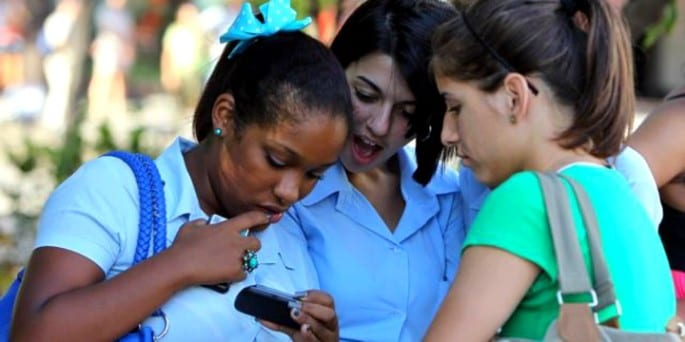 Cuba-WiFi con tarjetas Nauta.