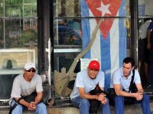 CubanosEcuador-300x2431