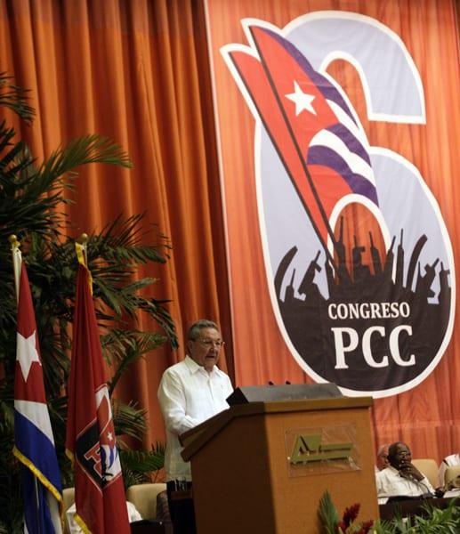 Raúl Castro en el 6to Congreso del PCC.  Foto: Jorge Luis Baños