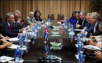 US Ag Sec.Tom Vilsack meets with Cuban officials