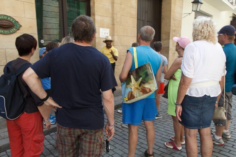 Turistas en el museo del chocolate.