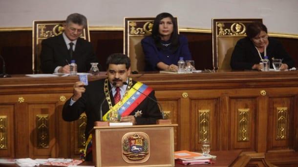 Nicolas Maduro ante la Asamblea Nacional de Venezuela 15-1-2016. Foto: telesurtv.net
