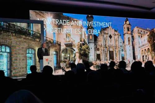 Las reglas para que los empresarios extranjeros inviertan o comercien con Cuba son muy complejas y enredadas.