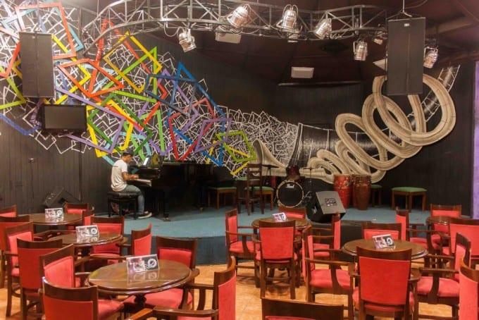 Vista interior del Jazz Club.