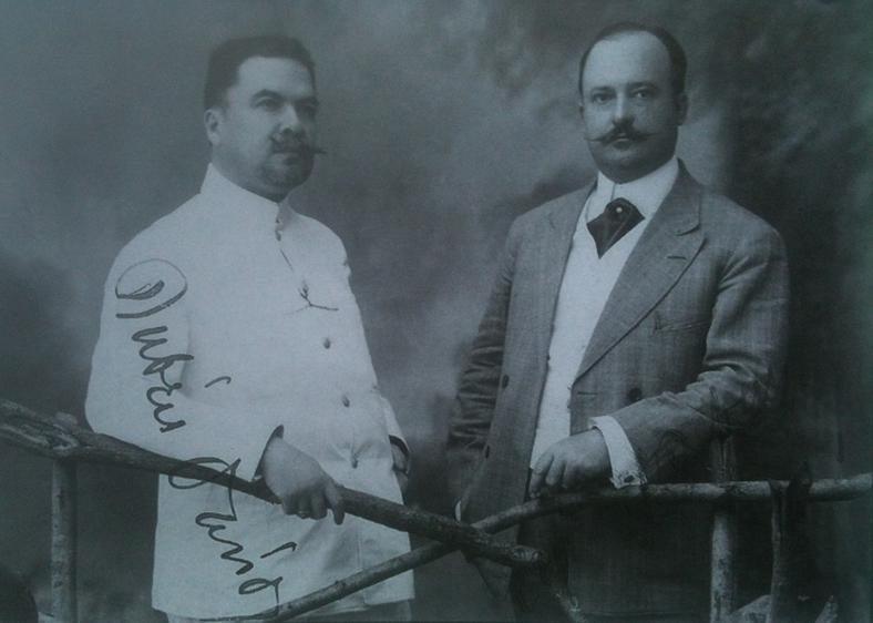 Darío con Luis H. Debayle