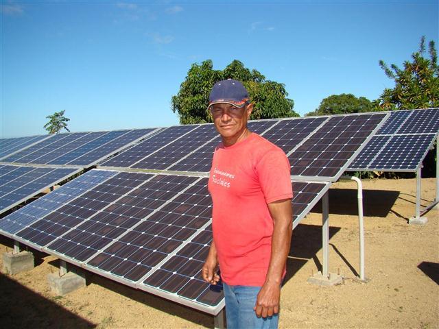 Energía solar en Cuba. Foto: CIES