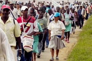 Afrocolombianos demandando participación en el proceso de paz.