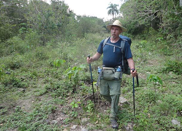 Guillermo Grenier caminando. Foto: vanguardia.cu