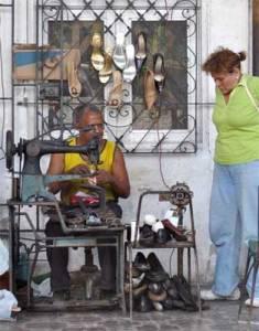 shoe-repair-person